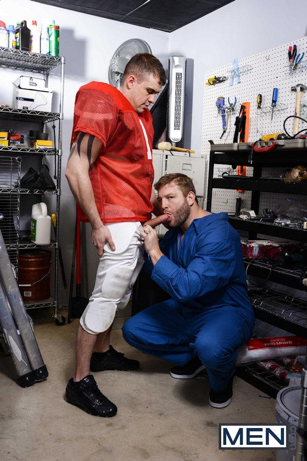 footballjock_with_janitor_men_02