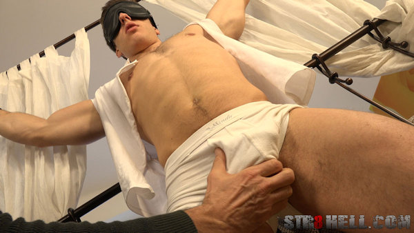 tied_blindfolded_erikdrda_str8hell_02