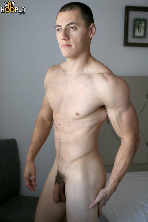 UNCUT_vincecruz_gayhoopla_01