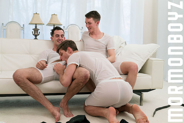 THREESOME_mormonboyz_01