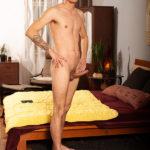 The 6'6 Adam Jeles