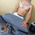 The RIPPED ABS of Cezar